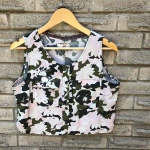 Triple Five Soul Crop Button Top